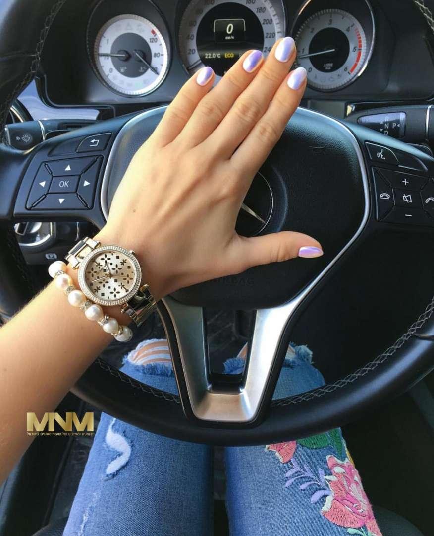בחירת שעון יד לכל אישה